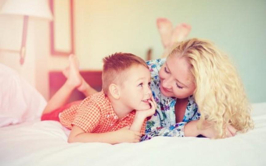 Copiii spun lucruri trăsnite: 9 dialoguri geniale și foarte hazlii
