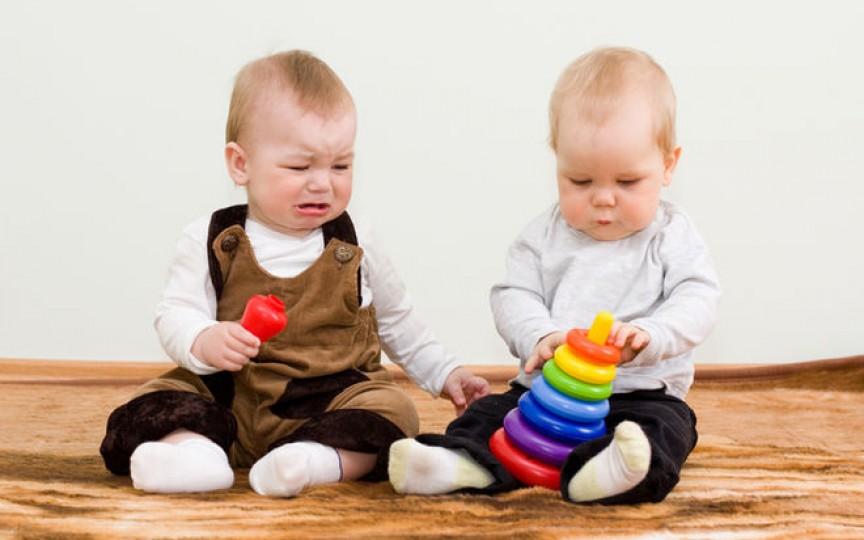 Poveste educativă pentru copiii care nu împart jucăriile cu cei din jur