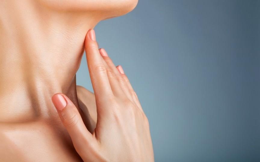 Nodulii glandei tiroide – informații utile de la medic chirurg