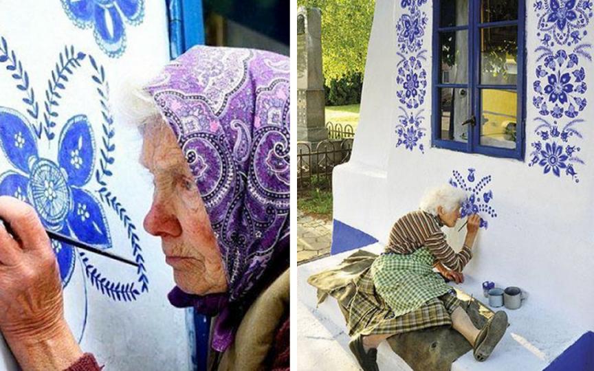 La 90 de ani, o bunicuță pictează inedit casele din localitatea în care se află