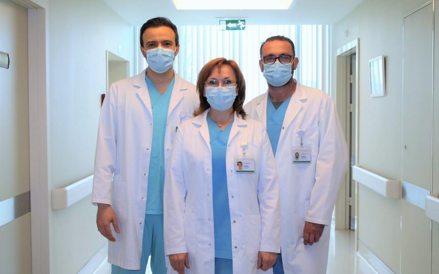 Colecistectomie efectuată în timpul unei nașteri pentru a salva viața mamei și a bebelușului