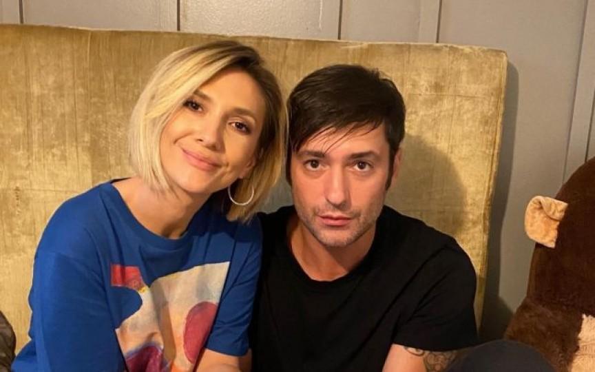 (FOTO) Ce casă frumoasă au Adela Popescu și Radu Vâlcan: Nu e o casă clasică