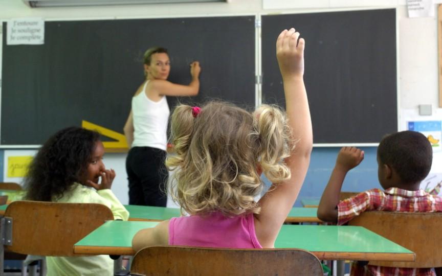 Profesoară condamnată pentru maltratarea unei eleve