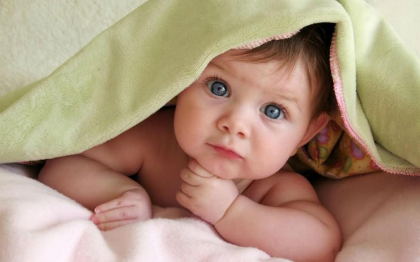 Care abilități sunt caracteristice dezvoltării normale a copilului la 12 luni