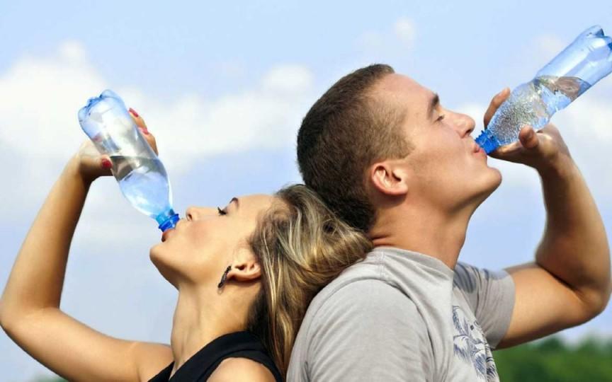 Nutriționista Victoria Ursu vorbește despre importanța consumului de apă