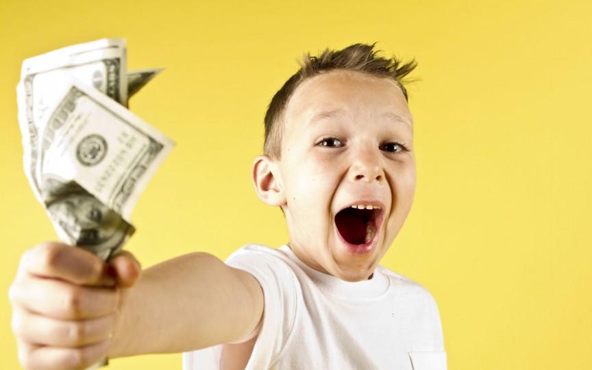 Copii, dar cu milioane în conturi. Vezi din ce fac bani
