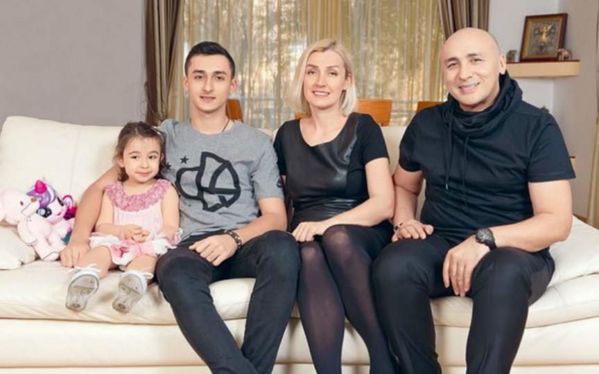 Marcel Pavel și familia lui. Ce pasiune are fiica sa de 3 ani și jumătate
