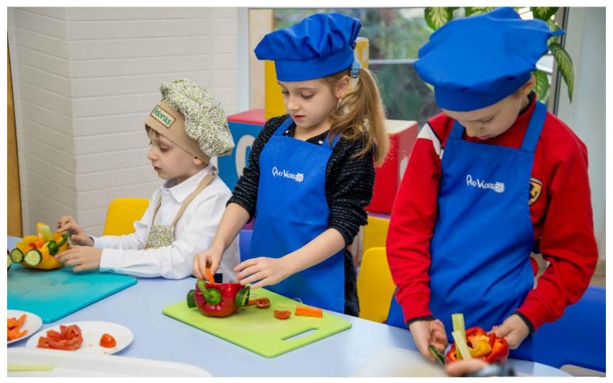 Atelier de creație pentru copii, cu legume de primăvară