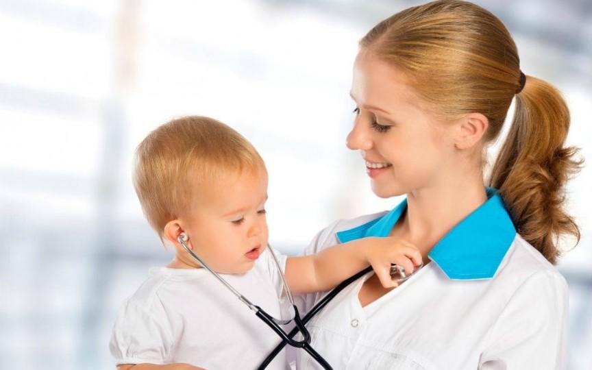 Ajută-ți copilul să învingă frica față de medic
