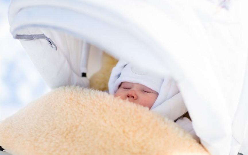 De ce bebelușii scandinavi dorm afară în ger