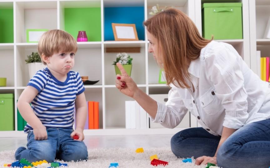Cele mai frecvente greșeli pe care le fac părinții în educația copiilor. Trebuie să le eviți!