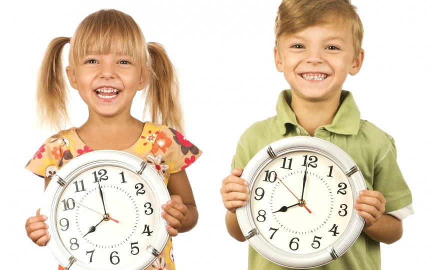 3 pași simpli cum să organizezi eficient timpul copilului tău