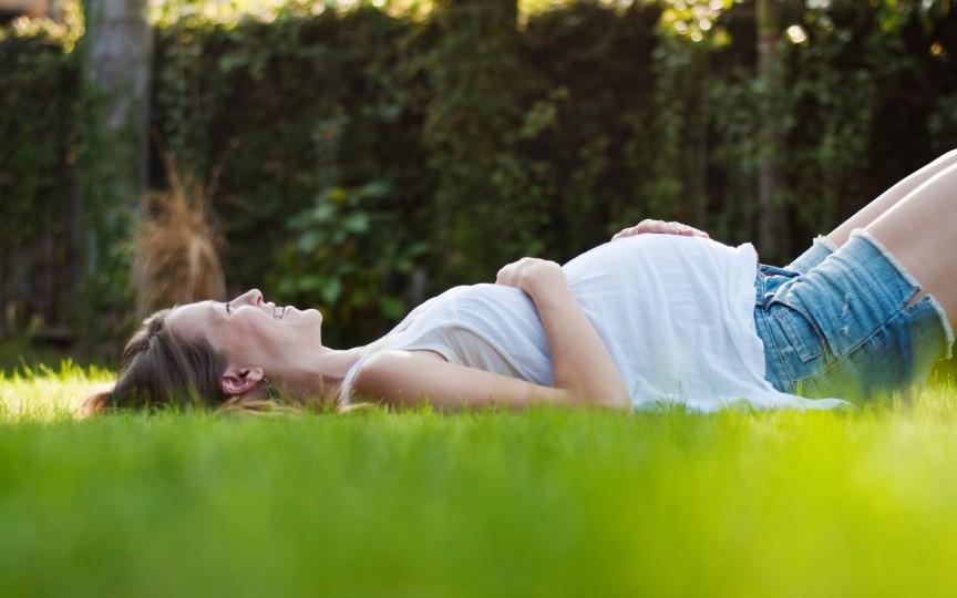 Cum să rezişti căldurii în timpul sarcinii