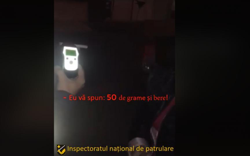 (VIDEO) Femeie prinsă de poliție beată la volan cu doi copii în mașină: Am băut 50 de grame și niște bere