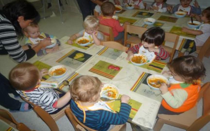 CE şi CÂT mănâncă copiii la grădiniţe?