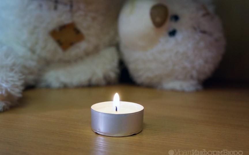 O fetiță de 11 ani a murit de foame, deoarece părinții săi fanatici o puneau să țină post aspru pentru purificare