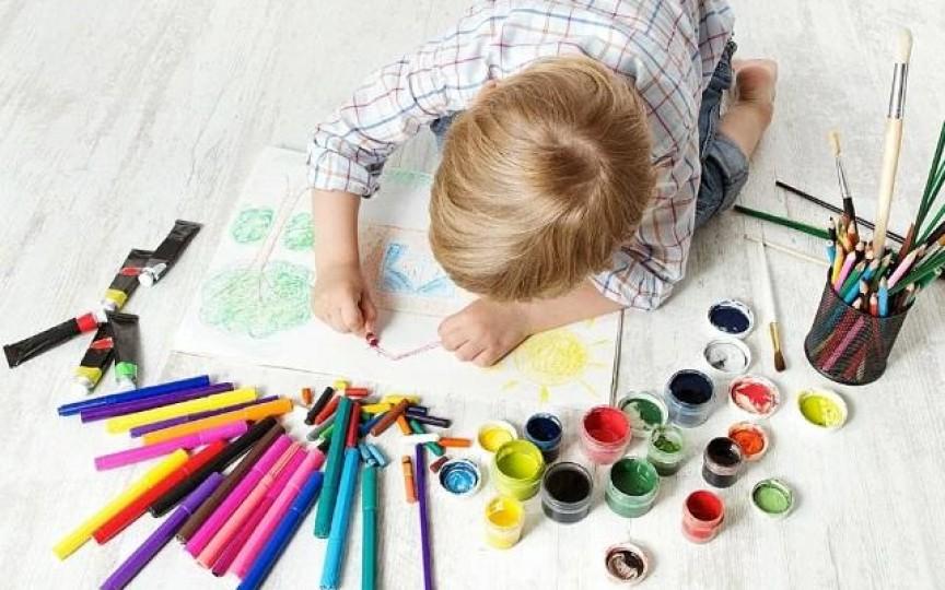 Ce-ți spune culoarea preferată a copilului tău despre personalitatea lui