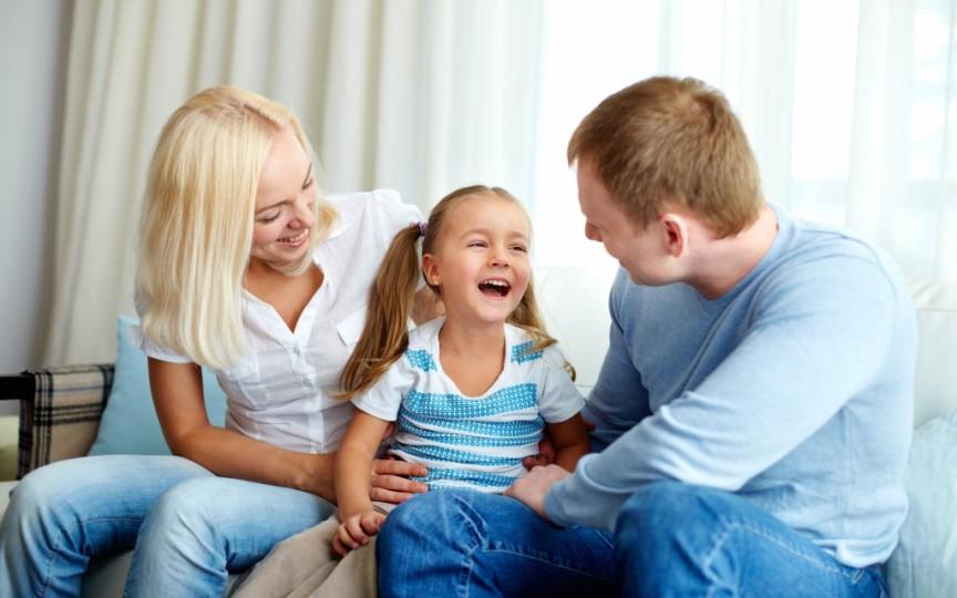 Greșeli de educație la copil pe care le poți corecta prin metoda Montessori