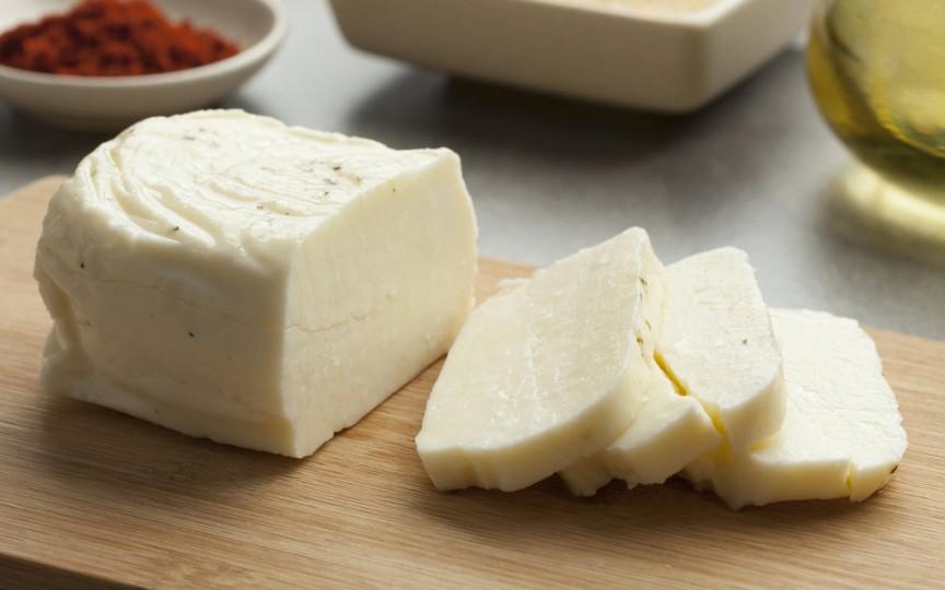 Rețeta de brânză de casă pentru bebeluși – ușor și rapid