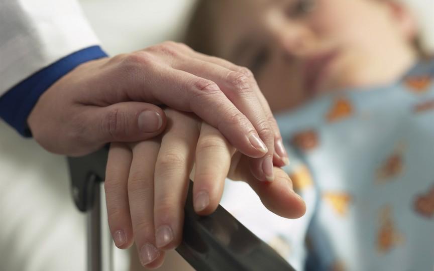 Șapte elevi și doi profesori au ajuns la spital după ce s-au intoxicat cu miros de plastilină