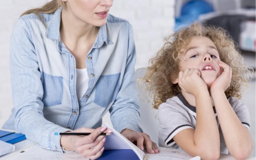 Cum recunoști dacă ai un copil cu deficit de atenție