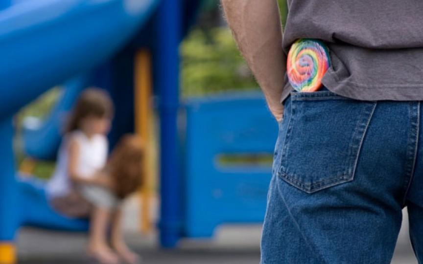 5 reguli de siguranță! Vorbește cu copiii tăi despre străini!