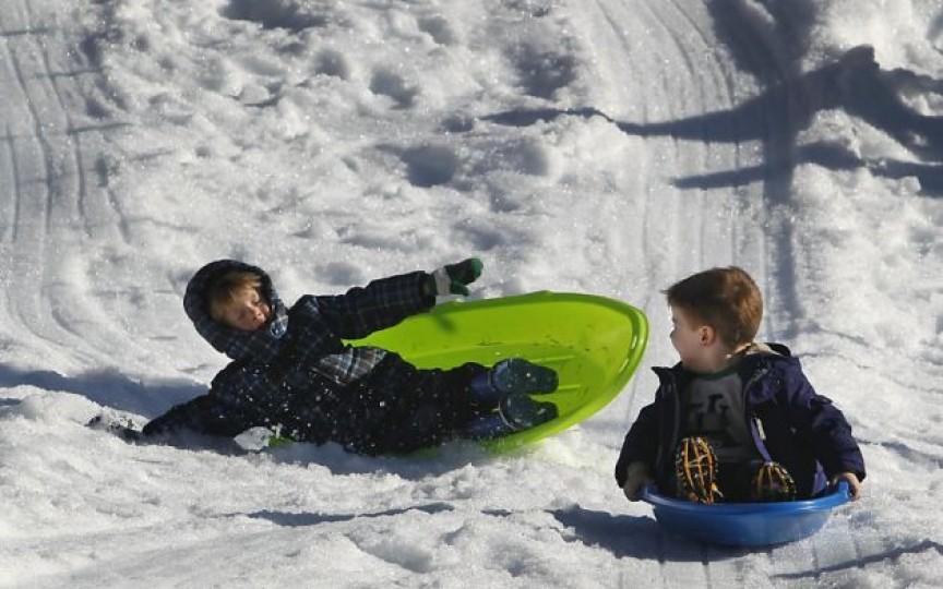 Atenţie, gheţuşul măreşte riscul de fracturi şi de entorse!