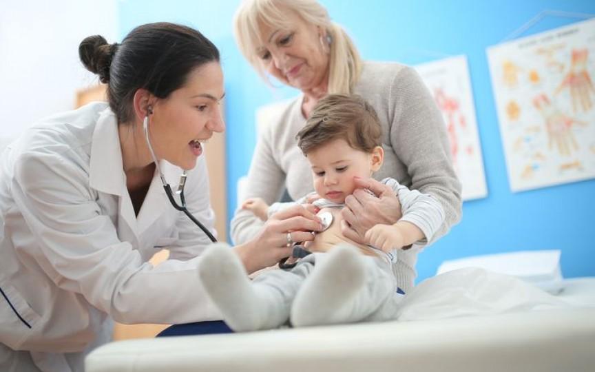 Medic pediatru despre afecțiunile respiratorii la sugar și copilul mic