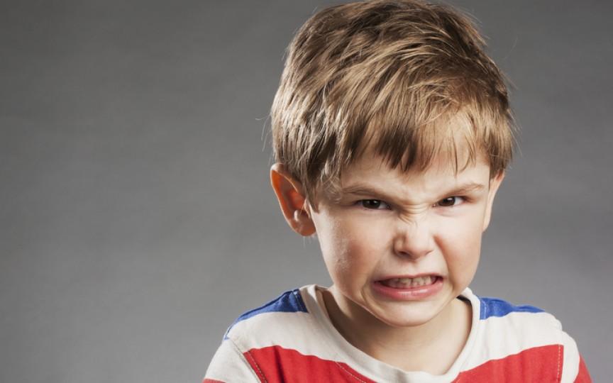 Medic specialist în Psihiatrie pediatrică: Ticurile la copii apar cel mai frecvent între 2 și 15 ani