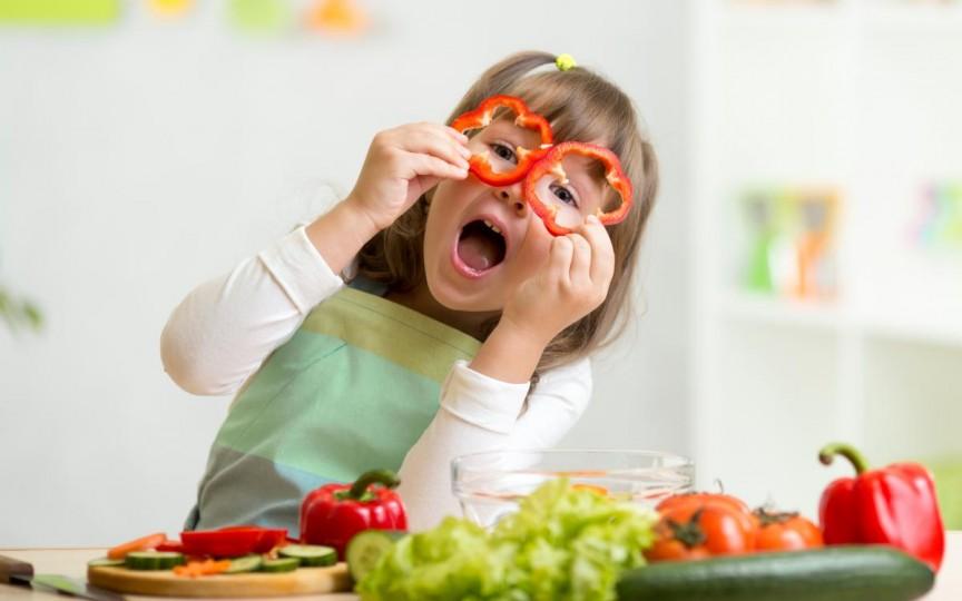 6 sfaturi practice pentru eliminarea pesticidelor din fructe și legume