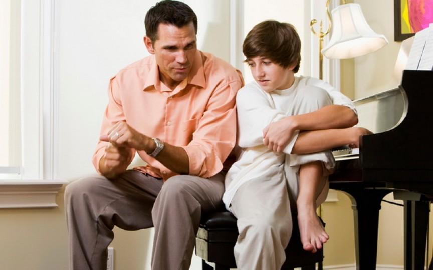 Sfaturile psihoterapeutului cum să le vorbim copiilor despre sexualitate şi să-i ţinem departe de abuzuri