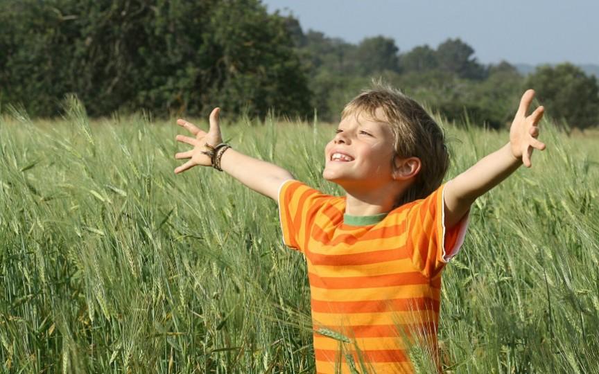 25 de idei ale unui psiholog renumit cum să creștem copii fericiți