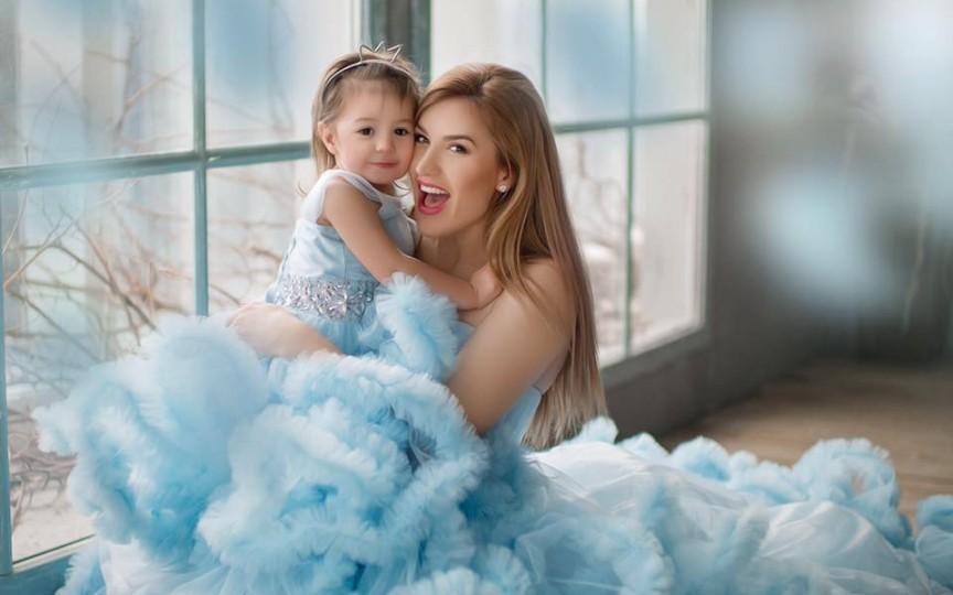 (Video) Îi calcă pe urme? Ce frumos cântă fiica Tatianei Heghea!