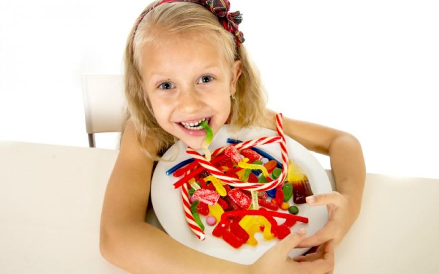 Cantitatea zilnică de zahăr pe care un copil nu trebuie să o depăşească