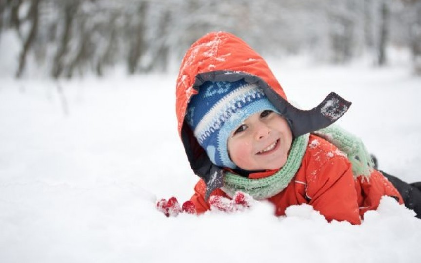 3 boli periculoase ale copilului care pot fi provocate de ger