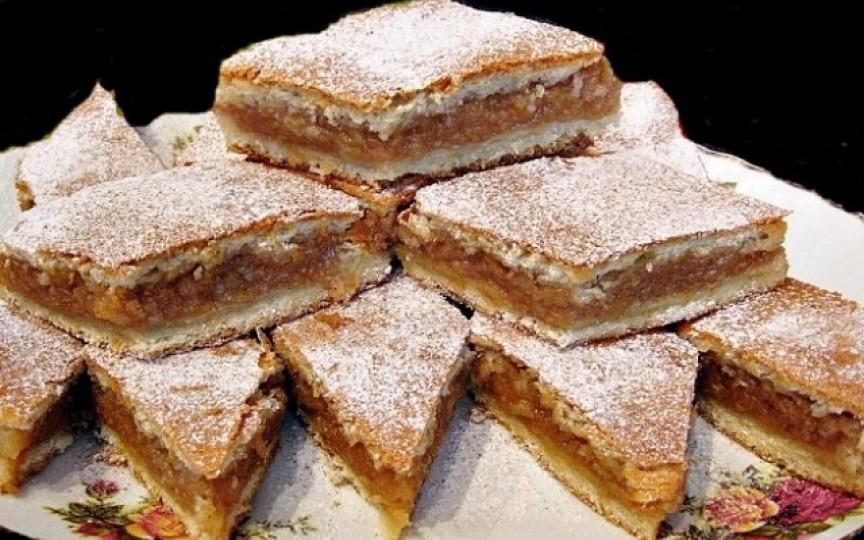 Prăjitură cu mere după rețeta bunicii