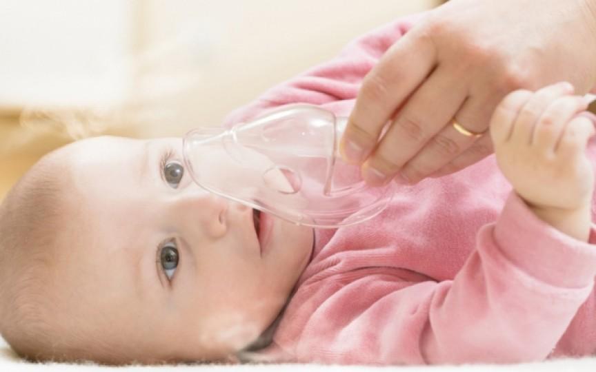 7 metode de a-l face pe copil mai cooperant în timpul procesului de tratament cu aerosoli