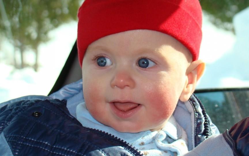 Medicul Ofelia Ivasi ne spune cum trebuie să-l îmbraci pe copil în funcție de temperatura aerului