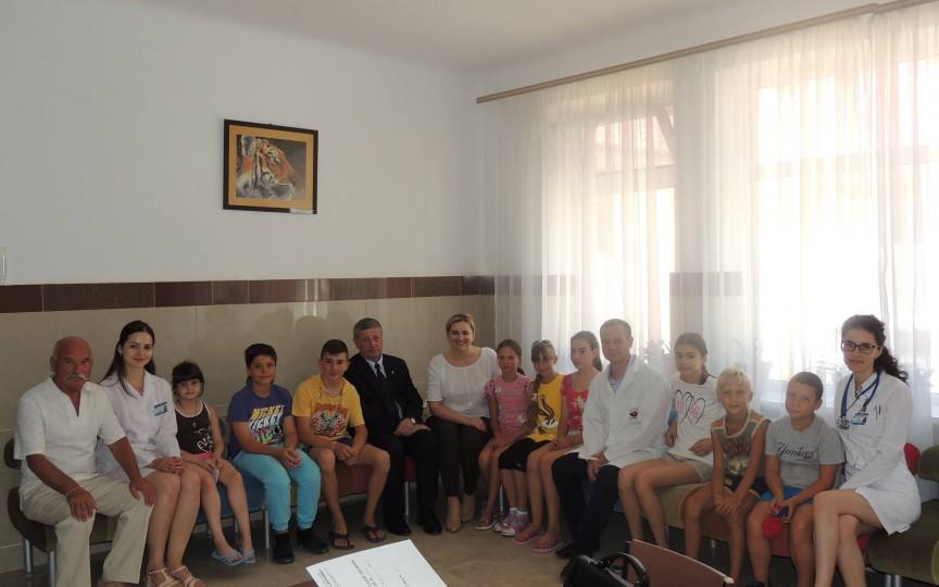 Copii bolnavi de diabet zaharat vor beneficia de odihnă şi tratament gratuit în Ucraina