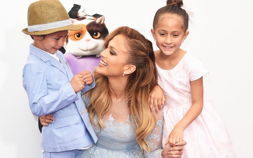 Gemenii actriței și interpretei Jennifer Lopez au împlinit 10 ani. Vezi cum i-a felicitat!