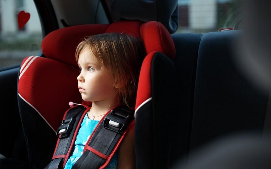 Cum scapi de răul de mișcare/transport la copii