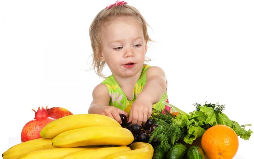 Cum se manifestă lipsa vitaminelor la copil și ce e de făcut