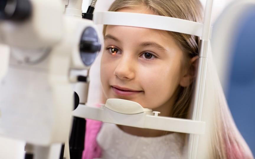 Medic oftalmolog despre patologia oculară la copii