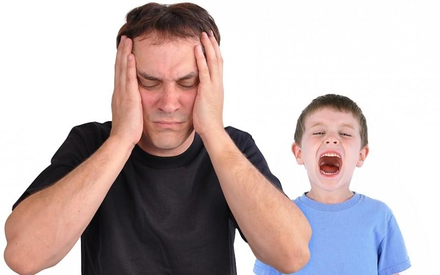 5 greșeli pe care le fac părinții și care le permit copiilor să se urce în cap