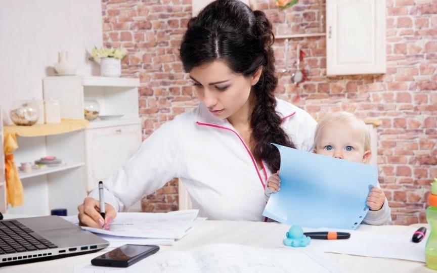 Concediu de maternitate mai scurt și indemnizații mai mari pentru copii