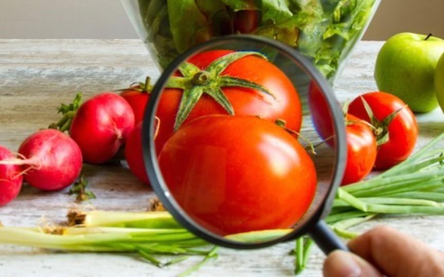 5 alimente care pot genera infecții alimentare la copii