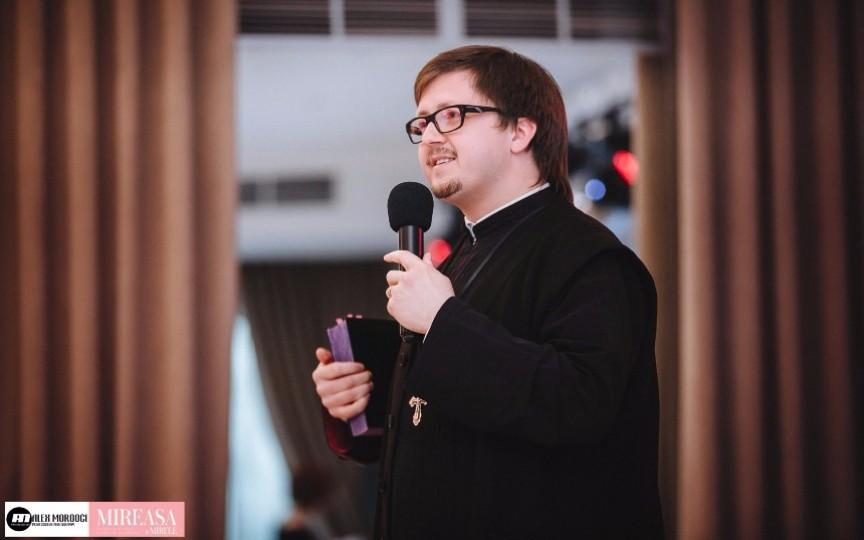 Preotul Maxim Melinti lansează o carte cu sfaturi pentru femei