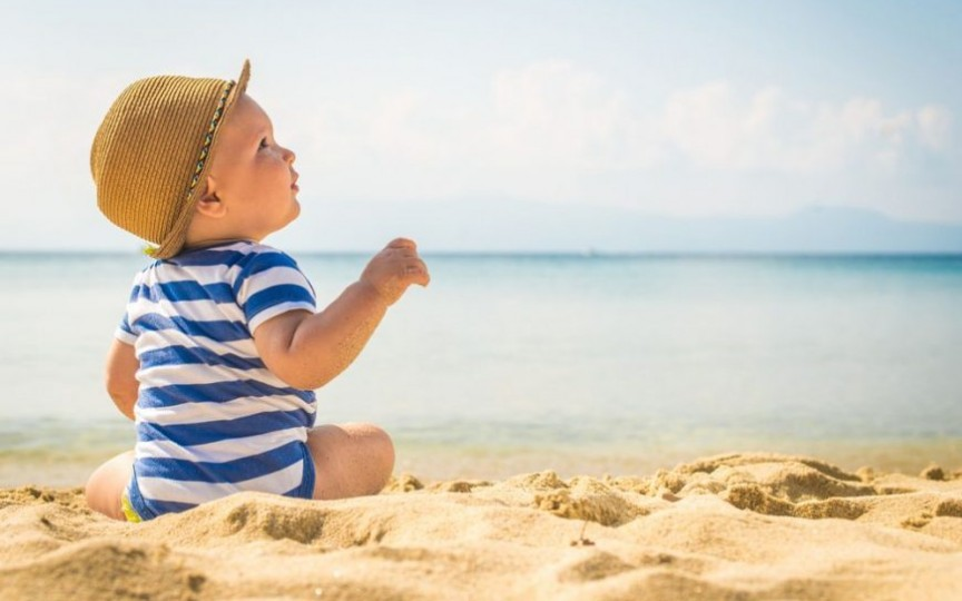 Pediatru Mihai Craiu: Cum se calculează durata unei zile de plajă pentru o familie cu copii mici