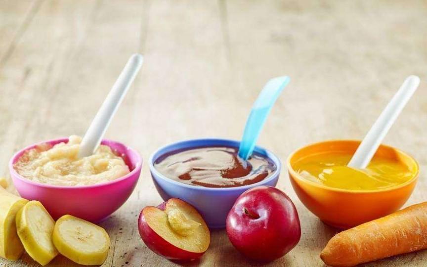 Medic nutriționist: Mâncarea se mănâncă cu lingura, nu se bea cu paiul!