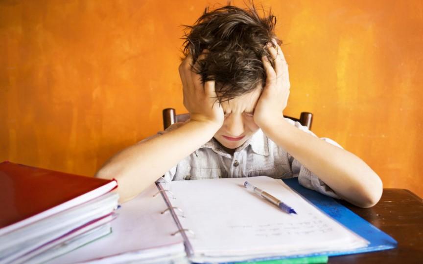 Un savant american susține că temele pe acasă nu sunt eficiente pentru elevi